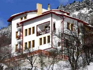 Four seasons retreat, Momchilovci, Pamporovo